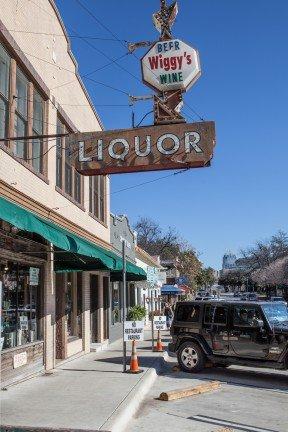 Wiggy's Downtown Austin Texas